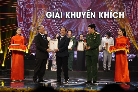 Báo Sài Gòn Giải Phóng đoạt giải xuất sắc về bảo vệ nền tảng tư tưởng của Đảng  ảnh 6