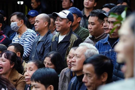 Thanh niên đọ sức tại lễ hội vật làng Mai Động ảnh 7