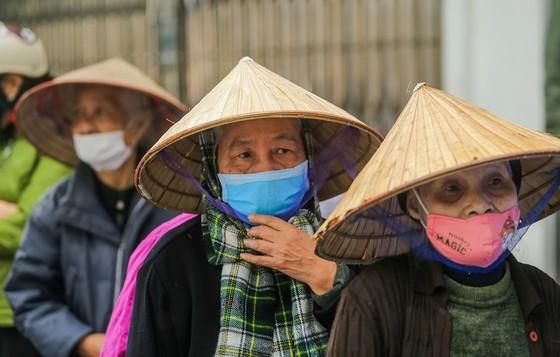 Thêm cây 'ATM thực phẩm miễn phí' cho người khó khăn tại Hà Nội ảnh 6