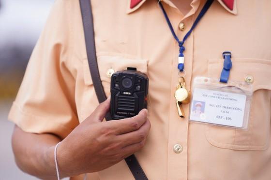 CSGT huy động tối đa lực lượng kiểm tra các phương tiện giao thông cơ giới đường bộ ảnh 12