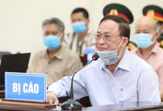 Ông Nguyễn Văn Hiến nói bị nhiều bệnh từ khi nghỉ hưu ảnh 2