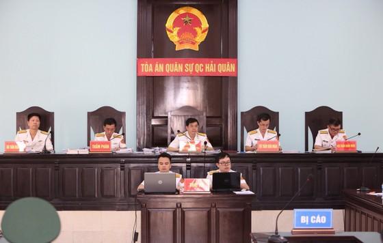 Quân chủng Hải Quân mong muốn tòa giảm nhẹ đặc biệt cho ông Nguyễn Văn Hiến ảnh 1