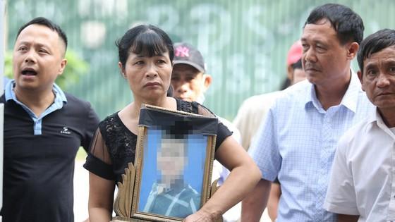 Trả hồ sơ vụ sát hại nam sinh chạy Grab tại Hà Nội ảnh 1