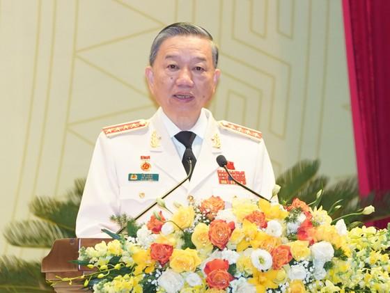Thủ tướng Nguyễn Xuân Phúc dự Đại hội đại biểu Đảng bộ Công an Trung ương lần thứ VII ảnh 5
