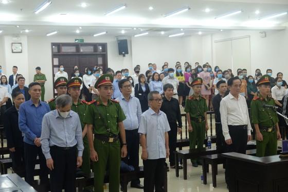Hai cựu Phó TGĐ BIDV bị tuyên phạt tổng cộng 14 năm 6 tháng tù ảnh 1