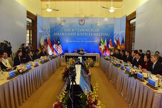 Chánh án các nước ASEAN cùng chia sẻ kinh nghiệm trong hệ thống tư pháp  ảnh 1