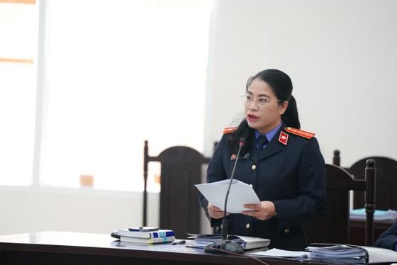 Cựu Giám đốc CDC Hà Nội bị đề nghị phạt từ 10-11 năm tù ảnh 1