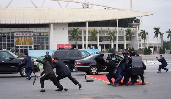Diễn tập bảo vệ nguyên thủ khi bất ngờ có khủng bố ảnh 6