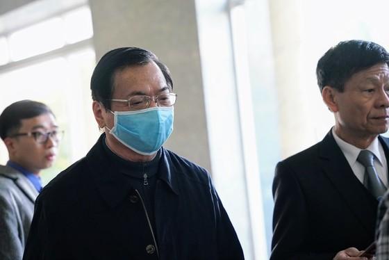 Hoãn phiên xét xử cựu Bộ trưởng Vũ Huy Hoàng lần 2 ảnh 3