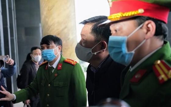Hoãn phiên tòa ông Đinh La Thăng và Trịnh Xuân Thanh trong vụ án Ethanol Phú Thọ ảnh 9