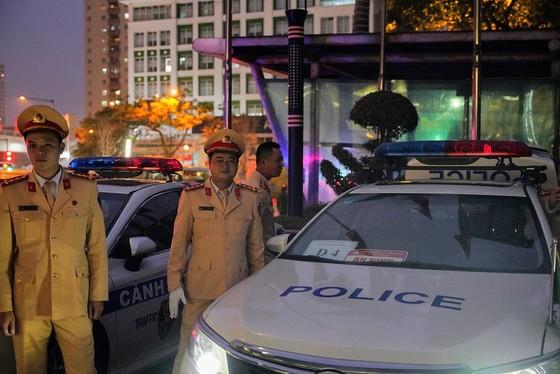 Chùm ảnh cảnh sát giao thông dẫn đoàn chuẩn bị cho một ngày làm việc ảnh 8