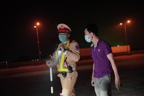 Từ 0 giờ ngày 15-3, Cảnh sát giao thông tổng kiểm tra nồng độ cồn, ma túy ảnh 5