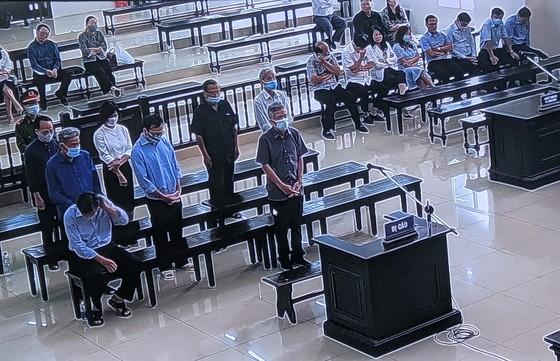 Cựu Bộ trưởng Vũ Huy Hoàng bị tuyên án 11 năm tù giam ảnh 2