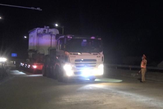 Bộ Công an thông tin về xe chở hàng siêu trọng gây mất an toàn giao thông trên tuyến cao tốc Đà Nẵng – Quảng Ngãi ảnh 2