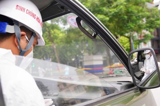 15 xe đặc chủng phun khử khuẩn tại 3 quận nội thành Hà Nội ảnh 10