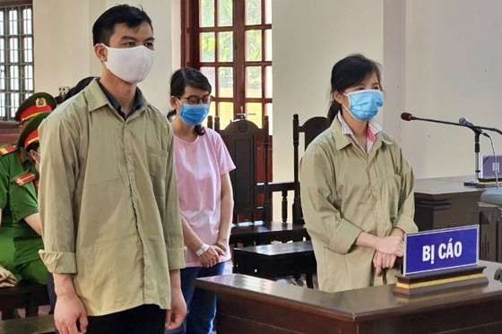 Cựu thanh tra Nguyễn Thị Kim Anh lĩnh 15 năm tù vì vòi tiền doanh nghiệp ảnh 1