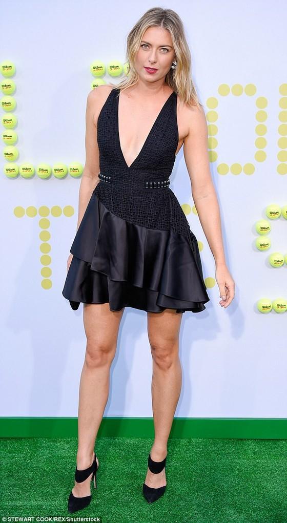 Sharapova khoe chân dài miên man ảnh 2