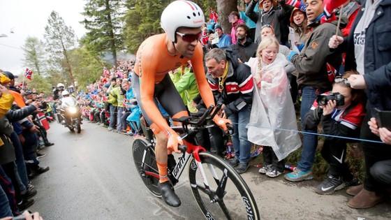 Giải đua xe đạp đường trường VĐTG 2017: Dumoulin đăng quang nội dung cá nhân tính giờ ảnh 2