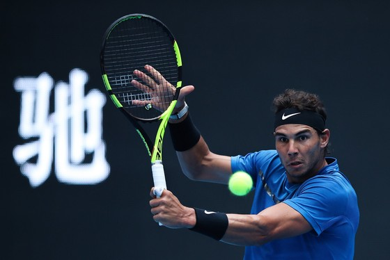 """""""Nhà vua ATP"""" Rafael Nadal đã đánh bại John Isner để lọt vào bán kết US Open 2017"""