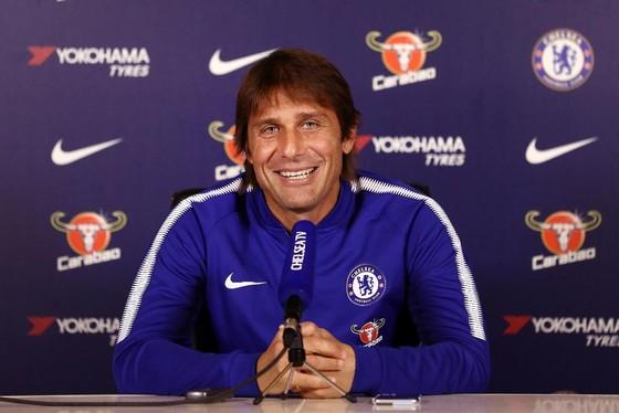 Antonio Conte - Sẽ đẩy David Luiz lên đá tiền vệ ảnh 1