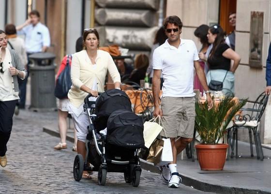 Federer và vợ