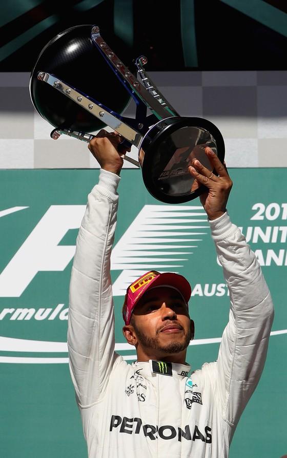 Hamilton vẫn chưa vô địch, nhưng… sắp rồi ảnh 2