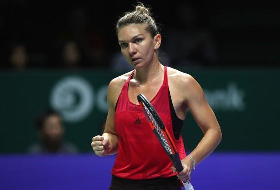 """Simona Halep giành chiến thắng đầu tay trên cương vị """"Nữ hoàng"""""""