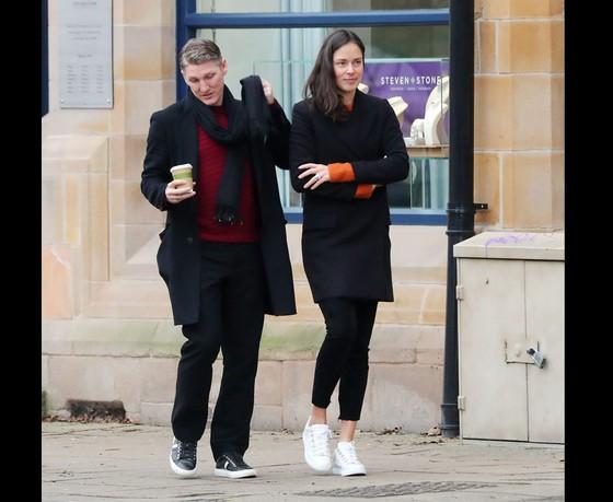 Ivanovic và Schweinsteiger sắp có con đầu lòng ảnh 2