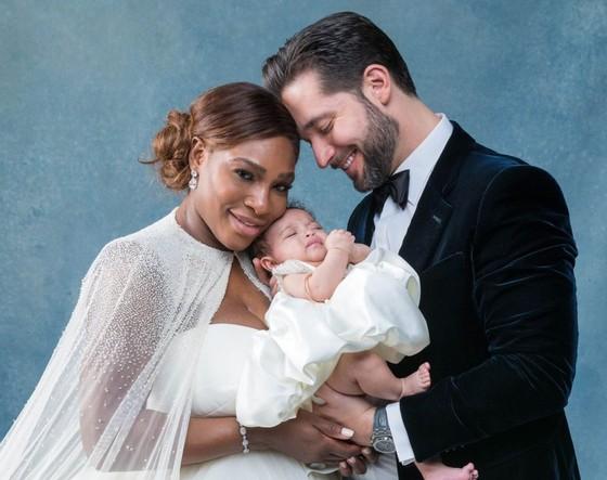 Gia đình Serena trong lễ cưới hôm 16-11