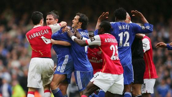"""Lampard nửa đùa nửa thật: """"Tôi rời Chelsea vì… Fabregas"""" ảnh 2"""