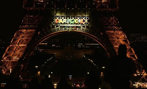 Tháp Eiffel và duyên nợ với Ronaldo, với thể thao ảnh 5