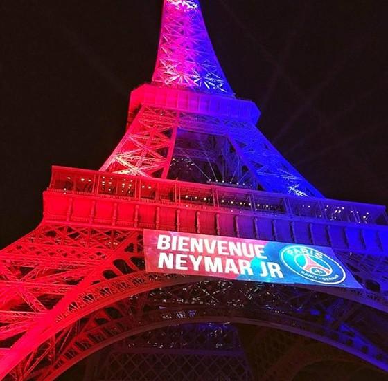 Tháp Eiffel và duyên nợ với Ronaldo, với thể thao ảnh 15