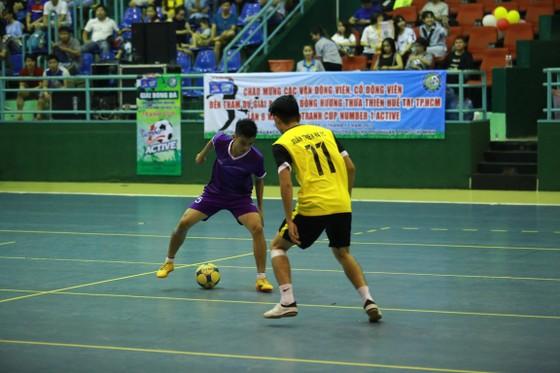 Xuân Thiên Hạ đăng quang Giải bóng đá đồng hương Huế ảnh 1