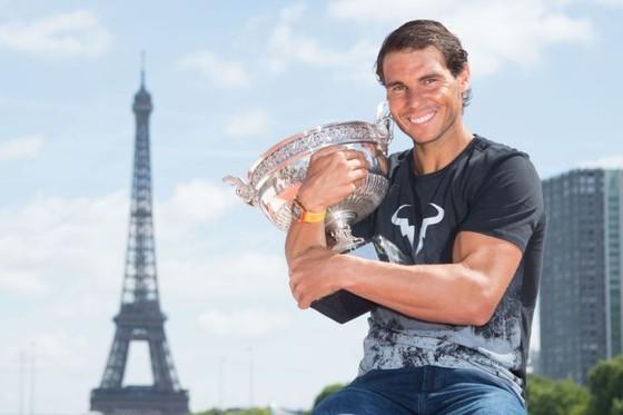 Federer và Nadal thắng hàng loạt giải thưởng cuối năm ảnh 1