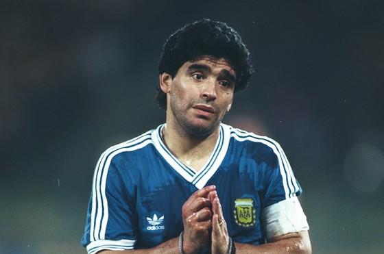 """Hết Maradona, Rivaldo, đến Ronaldo """"hạ thấp"""" Messi và CR7 ảnh 1"""