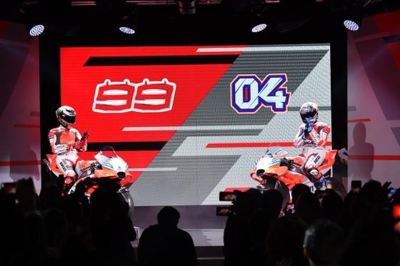 Đua xe mô tô: Ducati công bố mẫu xe đua mới cho Moto GP 2018 ảnh 5