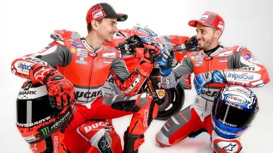 Đua xe mô tô: Ducati công bố mẫu xe đua mới cho Moto GP 2018 ảnh 8