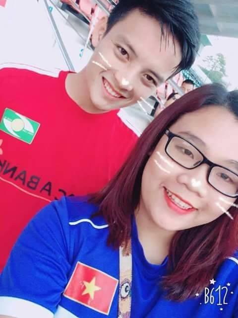 Fan cuồng U23 Việt Nam viết đơn xin nghỉ học để đi cổ vũ đội nhà ảnh 2