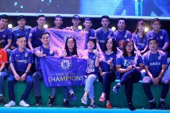 Fan cuồng U23 Việt Nam viết đơn xin nghỉ học để đi cổ vũ đội nhà ảnh 8