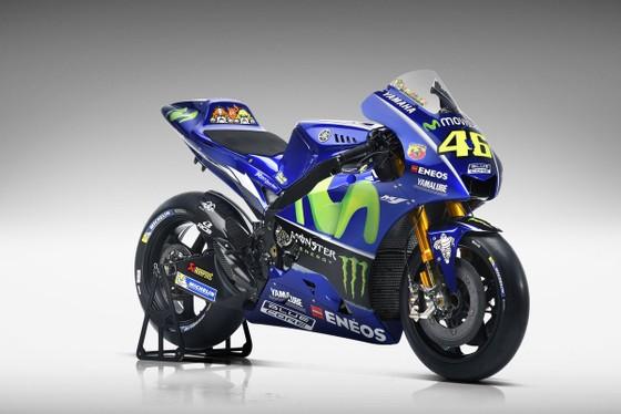 Đua xe mô tô: Yamaha giới thiệu mẫu xe đua mới YZR-M1 ảnh 3