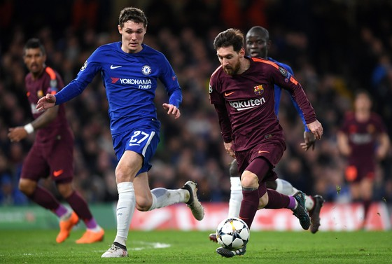 Chelsea – Barcelona 1-1: Willian tỏa sáng, Messi gặp may ảnh 3