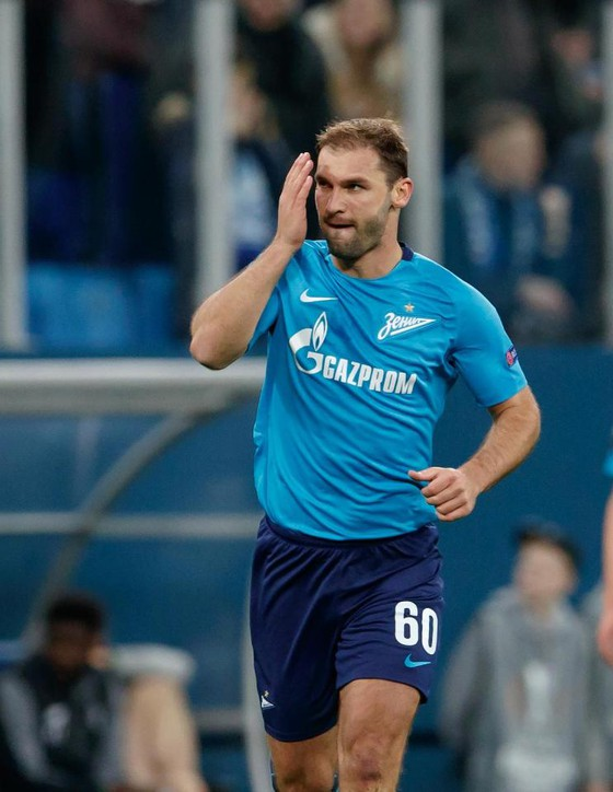 Ivanovic mừng sinh nhật thứ 34: Ghi 1 bàn, kiến tạo 1 bàn, giúp Mancini đánh bại Rodgers ảnh 2
