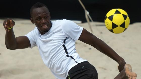 Usain Bolt: Tôi đã ký hợp đồng với một đội bóng ảnh 1