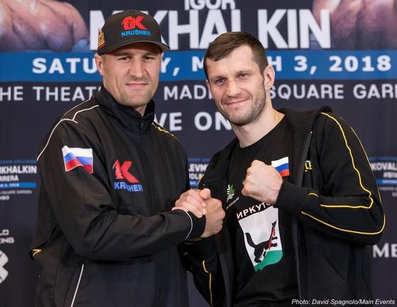 Kovalev (trái) và Mikhalkin là 2 huynh đệ ngoài đời