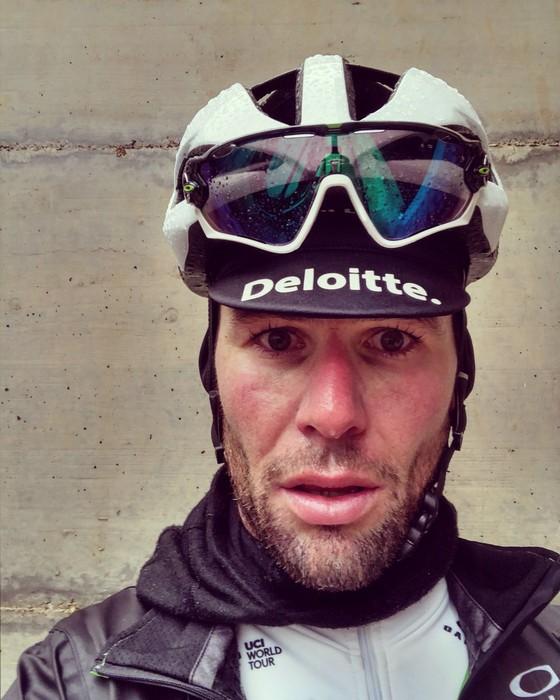 Xe đạp: Kinh hoàng đường đua ở Strade Bianchi ảnh 3
