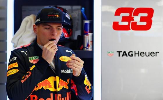 """Đua xe F1: Hamilton nhắn nhủ Verstappen: """"Muốn vô địch hả? Chờ đi cưng"""" ảnh 2"""
