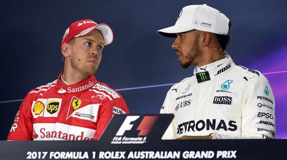 Lewis Hamilton (phải) và Sebastian Vettel sẽ tranh nhau ngôi VD9TG thứ 5