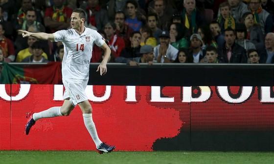 World Cup 2018: Serbia tước băng thủ quân của Ivanovic, trao cho Kolarov ảnh 3