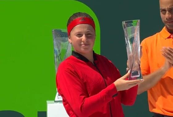 """Miami Open 2018: Toàn thắng trận chung kết thứ 6, Stephens lên ngôi """"Nữ hoàng"""" ảnh 1"""