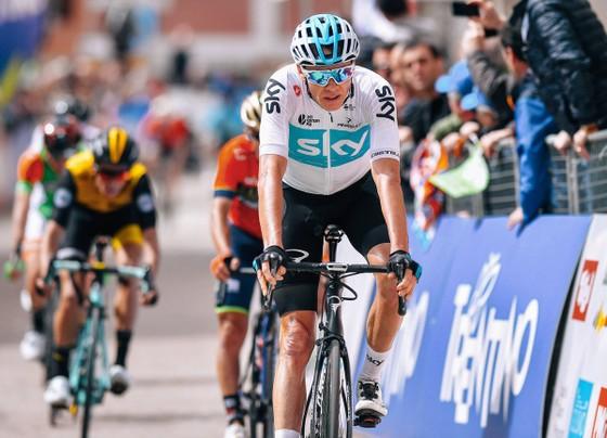 Xe đạp: Bilbao thắng chặng mở màn Tour of the Alpes, Froome về đích thứ 5 ảnh 1